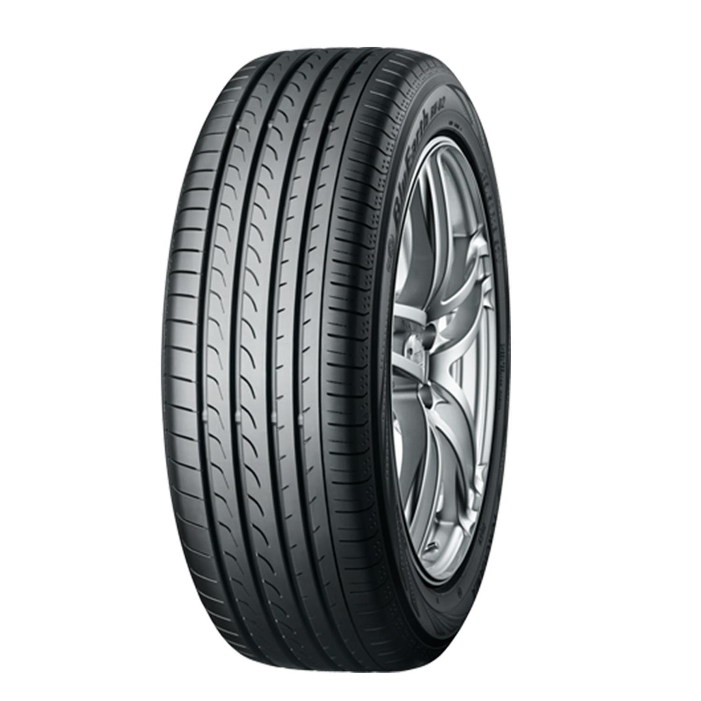Yokohama BluEarth RV02 235/55 R 17 Tubeless 103 W Car Tyre