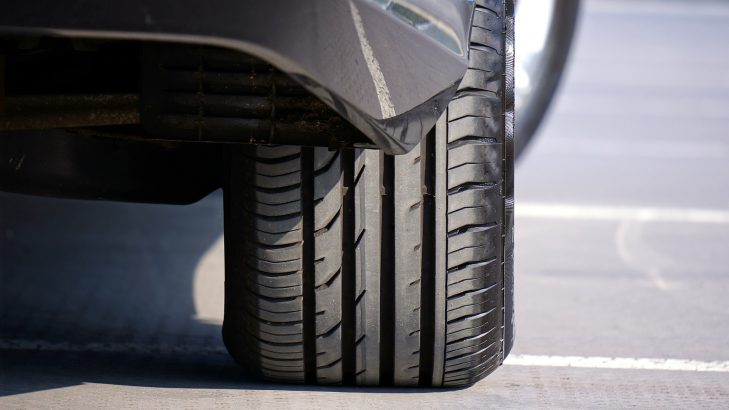 7 Simple Tips To Keep Your Car Tyres Rolling This Summer