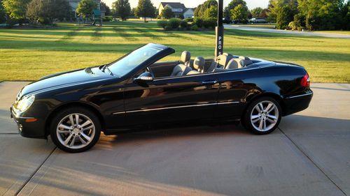 Mercedes Benz CLK car